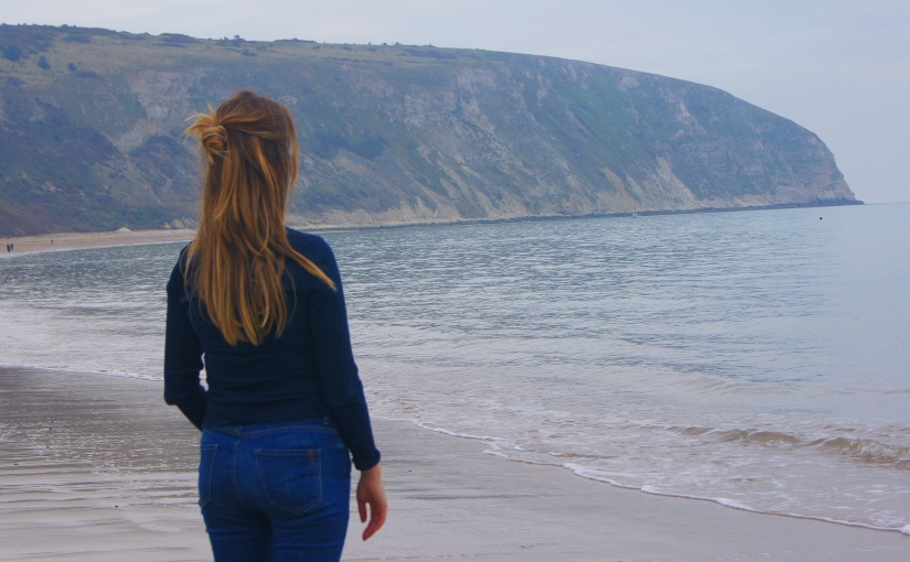 A walk from Old Harry Rocks to Swanage beach andback
