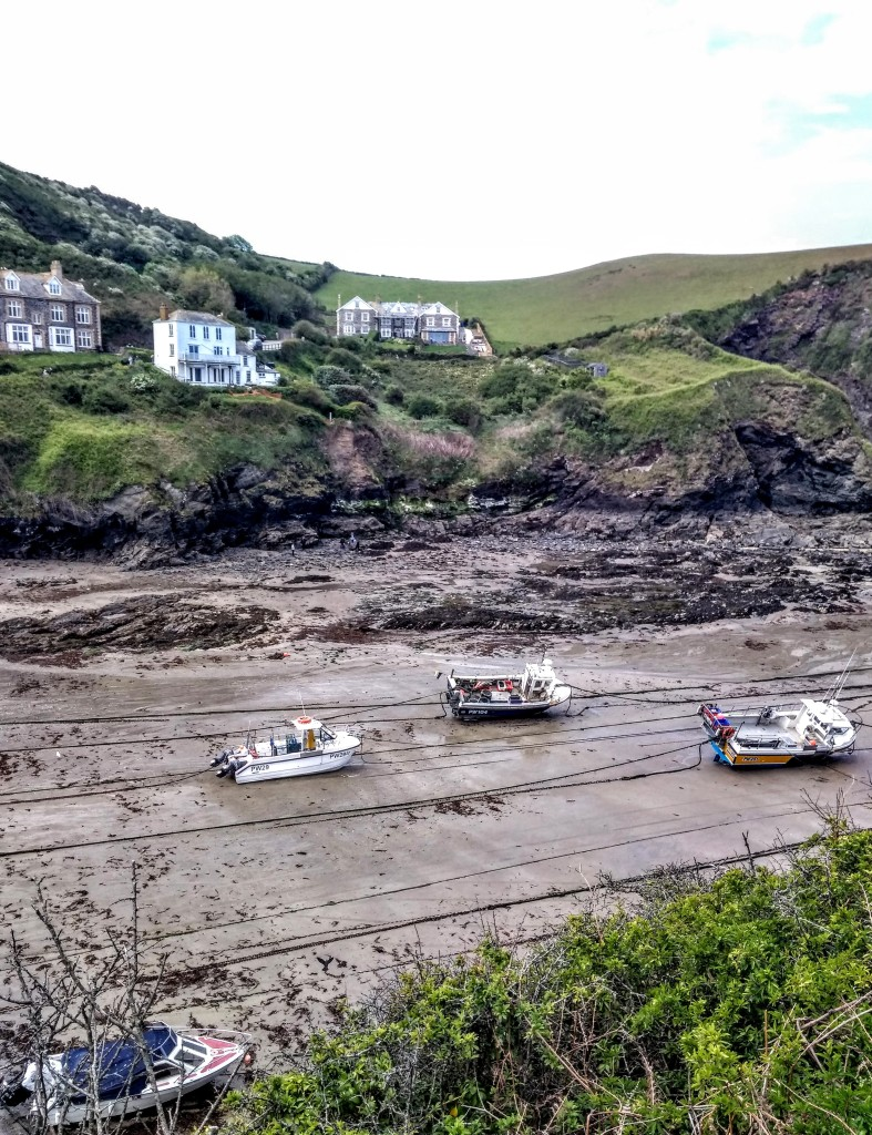 Low tide in Port Issac's Harbour